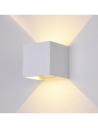 Fasādes lampa ''Fulton'' balta
